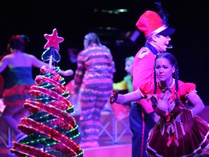 Christmas theme show entertainment