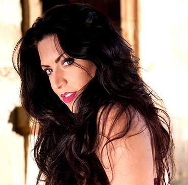 Nicola Marie