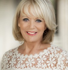 Sherrie Hewson (3)