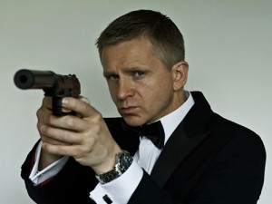 Daniel Craig bond lookalike