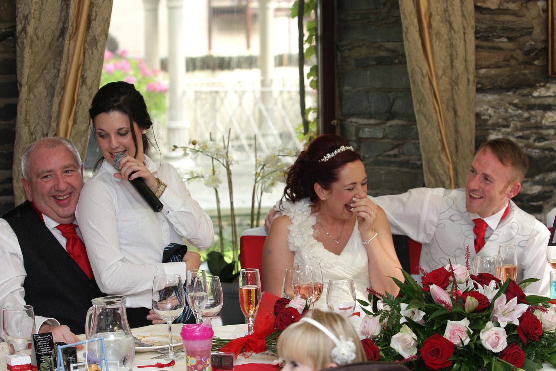 Paula Singing Waiter