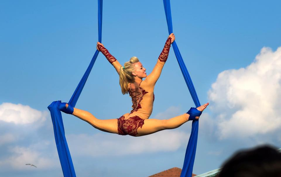 themed aerial performer hire