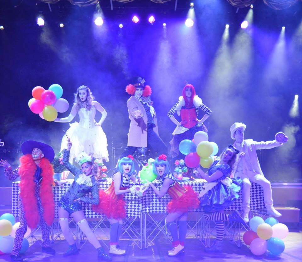 alice in wonderland live show hire